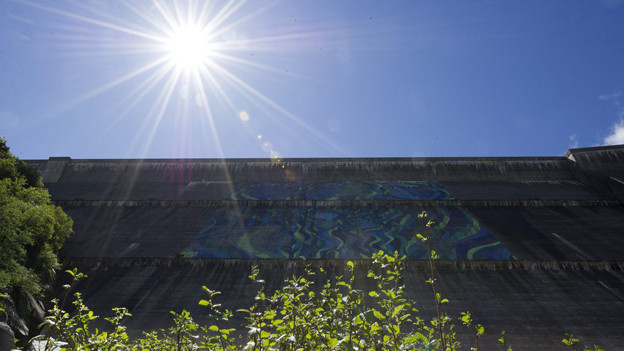 Die Grimselstaumauer.