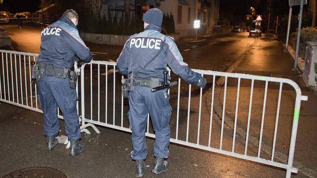 Die Polizei blieb die ganze Nacht im Einsatz.