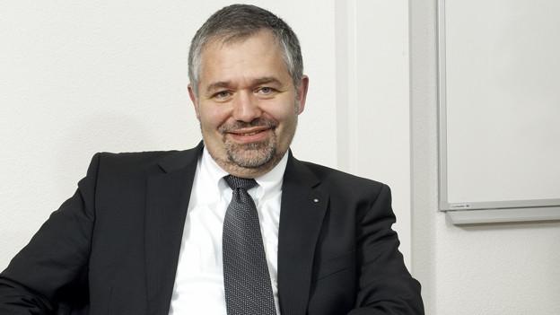 EWB-CEO Daniel Schafer stellt sich auf eine schwierige Zukunft ein.
