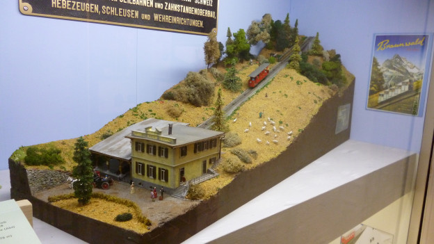 Bergbahn-Ausstellung im Schloss Hünegg