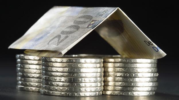 Der Kanton Wallis soll nicht weniger Geld ausgeben für die Staatsangestellten.