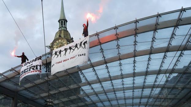 Die Aufarbeitung der Ausschreitungen in Bern am 25. Mai dauern an.