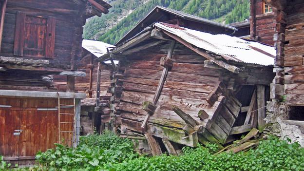 Der Dorfkern von Blatten fällt auseinander.