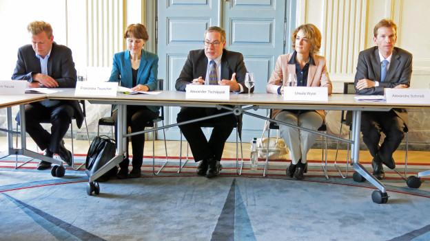 Der Berner Gemeinderat erläutert die Legislaturziele.