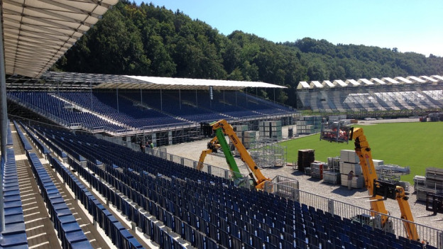 Zwischen Burgdorf und Kirchberg wird derzeit das grösste Stadion der Schweiz gebaut.