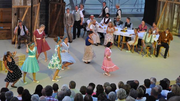 Tanz und Musik im alten Bad Bonn.