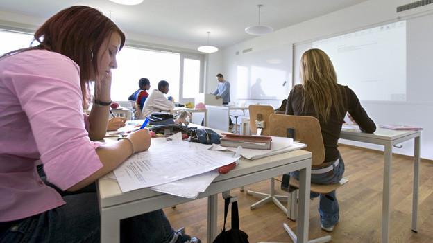 Schülerinnen und Schüler sollen alle den gleichen Weg für die Matura beschreiten.