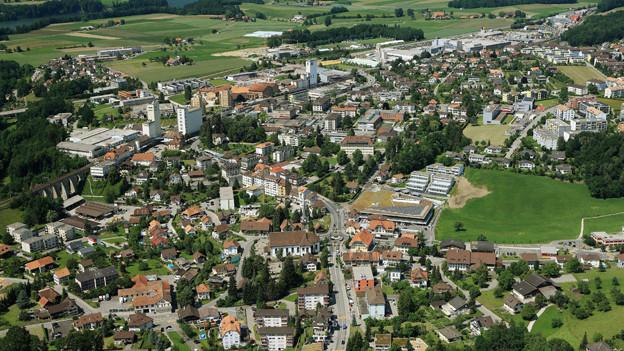 Die Gemeinde Düdingen entscheidet an einer Abstimmung über den Agglo-Austritt