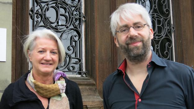 Stiftungsratspräsident Matthias Kuhn und Susanne Ammann vom Progr