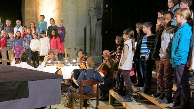 Bis zum Fest müssen beim Chor die Töne sitzen.