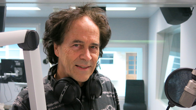 Roland Zoss im Radiostudio Bern