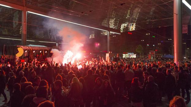 Tausende kamen 2013 zur Demonstration von «Tanz Dich frei» in die Stadt Bern.