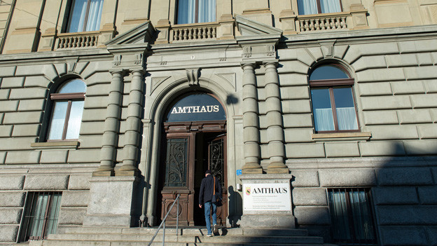 Der Prozess findet im Berner Amtshaus vor dem Regionalgericht Bern statt.