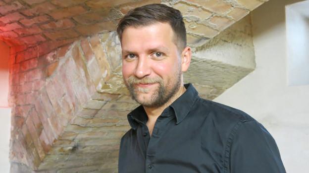 Mario Batkovic in seinem Übungskeller und Studio im Kulturzentrum Progr in Bern.