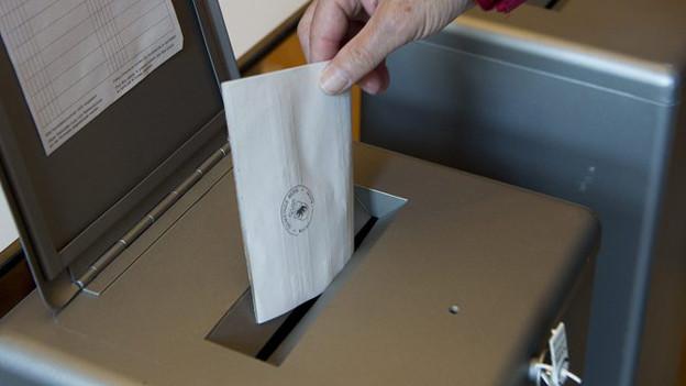 Verdacht auf manipulierte Wahlzettel in Burgdorf und Ostermundigen.