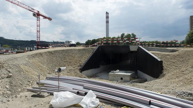 Schon Bauarbeitender bei der A5 brachten den radioaktiven Abfall in Biel zutage.
