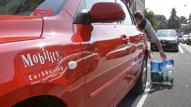 Die Idee zum grossen Car-Sharing-Unternehmen begann mit einem einzigen roten Auto.