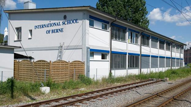 Das alte Gebäude soll durch einen Neubau ersetzt werden.