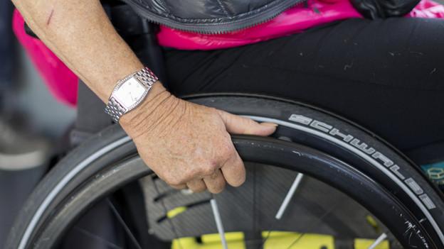 Oft auf dem Arbeitsmarkt benachteiligt: Menschen mit Behinderung.