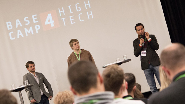 Oliver Flückiger (rayneer.tv), Fabio Anderegg (gonnado.com) und Deependra Pandey (muvacon.ch).