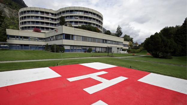 Das Spital in Brig soll ausgebaut werden.