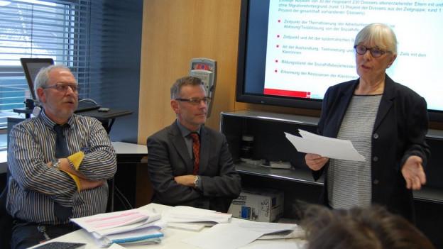 Experten Beat Büschi und Annemarie Lanker, in der Mitte der Bieler Gemeinderat Beat Feurer SVP.