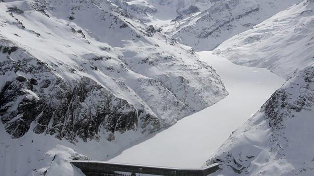 Auch der grösste Staudamm des Kantons, die Grande Dixence, fällt in den nächsten Jahrzehnten an die Gemeinde zurück.