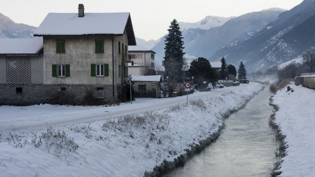 Der kontaminierte Grossgrundkanal bei Turtig in der Nähe von Visp.
