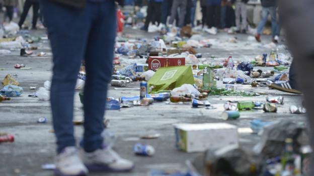 Vor dem Fussballspiel floss viel Alkohol.