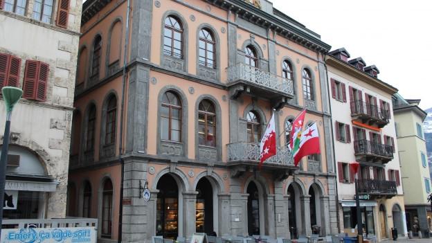 35 garantierte Sitze für das Oberwallis im Sittener Grossrats-Gebäude.