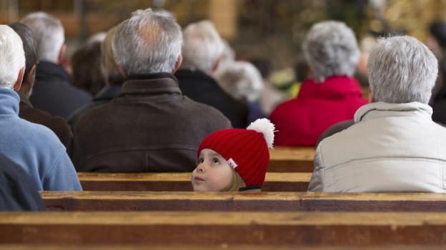 Wie sieht die Zukunft der Berner Kirchen aus? Diese Frage steht im Zentrum.