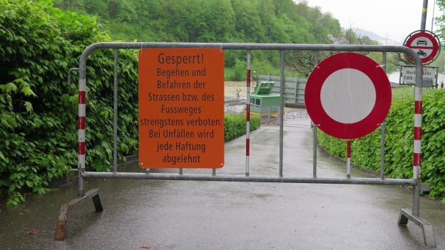 Absperrgitter in der Stadt Bern.