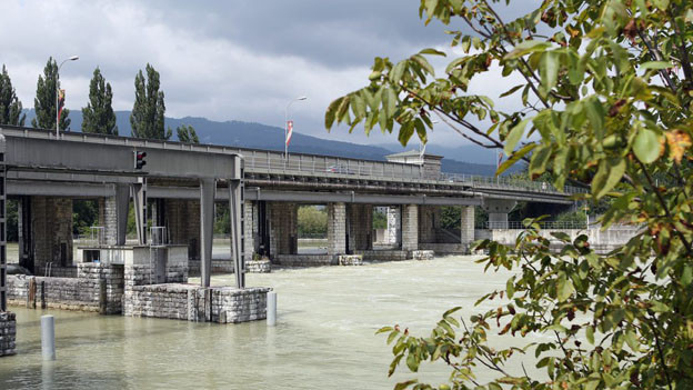Die Schleuse in Port - eine Schlüsselstellung der Gewässerregulierung.