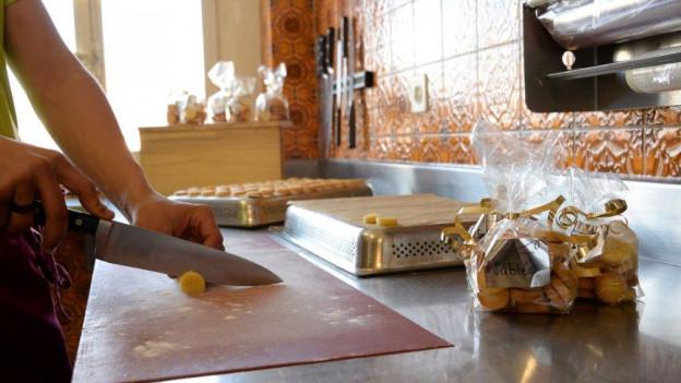 Jugendliche erhalten eine neue Chance – unter anderem in der Gastronomie.