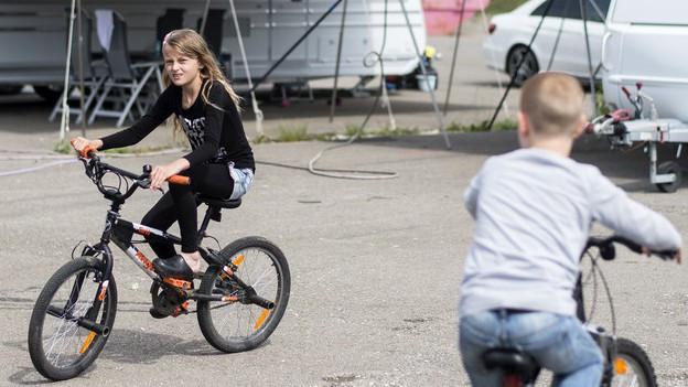 Die Kinder von Fahrenden sollen auch im Sommer via E-Mail oder Skype unterrichtet werden.