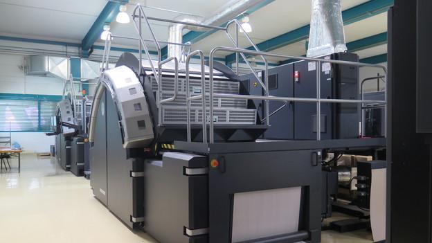 Die neue digitale Druckmaschine der Mengis Druck AG ist seit zwei Tagen im Einsatz.