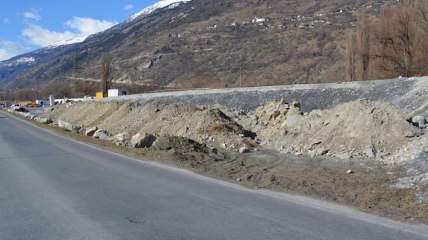 Es geht kaum vorwärts: Baustelle bei Baltschieder.