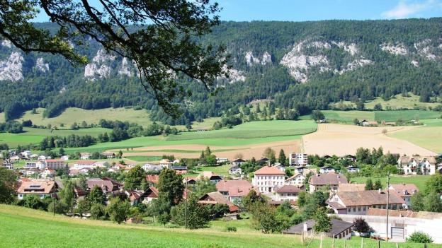 Crémine im Berner Jura.