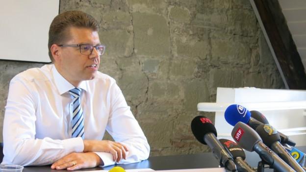 Der bernische Volkswirtschaftsdirektor Andreas Rickenbacher will sich beruflich neu orientieren.