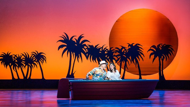 Meer, Palmen, Sonnenaufgänge: Der Kitsch kommt nicht zu kurz.