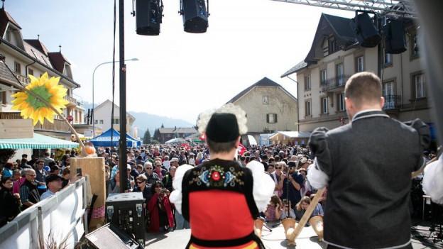 Volles Haus in Plaffeien: 20'000 Besucher füllten die Strassen und Gassen der Sensler Gemeinde.