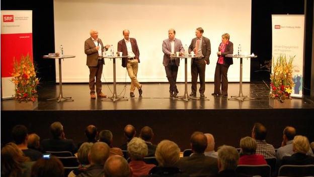 Animierte Diskussion der vier Oberwalliser Ständeratskandidaten.