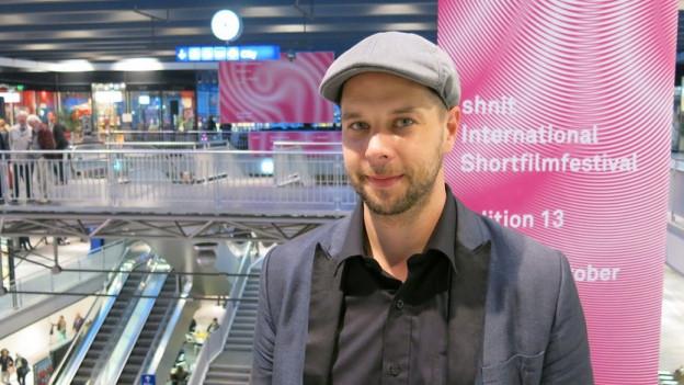 Olivier van der Hoeven hat das Kurzfilmfestival Shnit nun auch in den Berner Bahnhof gebracht.