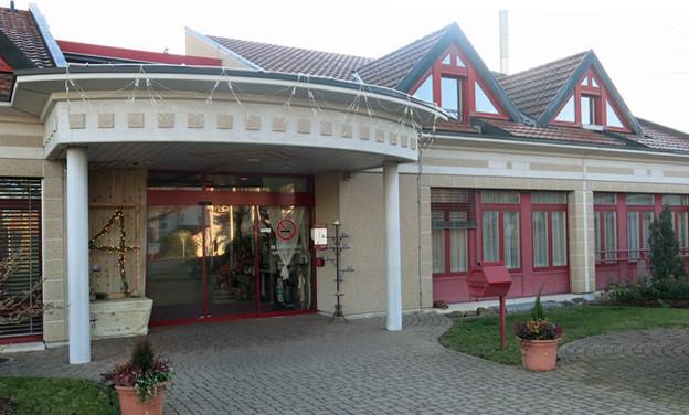 Das Behindertenheim «Haus Linde» im freiburgischen Tentlingen bietet gemeinnützige Arbeit an.