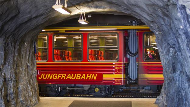 Zum ersten Mal bestritten mehr als einen Million Menschen die abenteuerliche Bahnreise auf das Jungfraujoch.