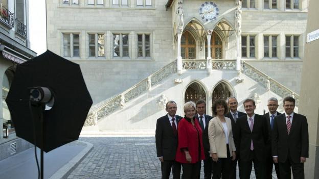Wer in die Regierung gewählt wird, steht rund um die Uhr im Scheinwerferlicht.