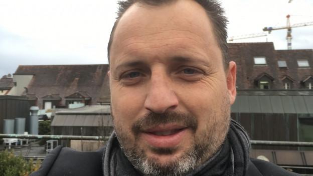 Stefan Hofer zieht sich als Berner SVP-Gemeinderatskandidat zurück.