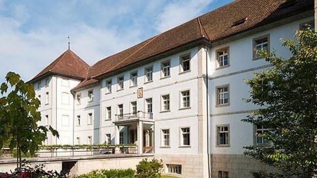 Das alte Kloster Bellelay - noch Hauptsitz der Psychiatrie im Berner Jura.
