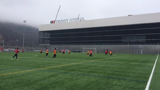 Der FC Biel hat jetzt zwar ein neues Stadion, aber auch finanzielle Probleme.