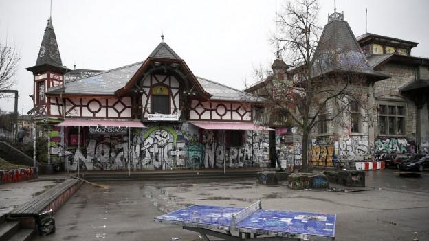 Die Reitschule beschäftigt weiter die Berner Stadtpolitik.
